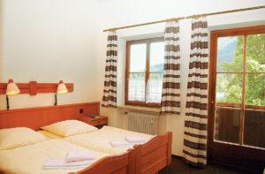 Schlafzimmer in Gästehause Hintersee